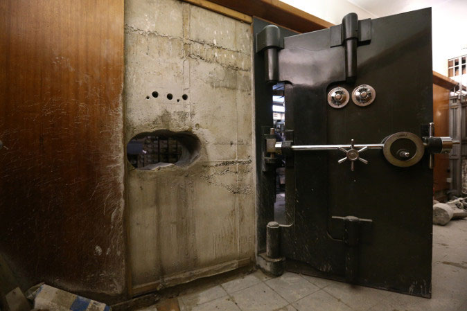 The famous hole drilled in the Hatton Garden vault wall